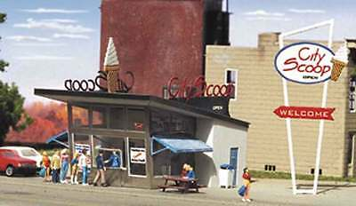 Z Scale Microstructures Kit #Z - CS-100 The City Scoop Ice Cream Drive In kit