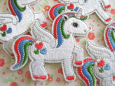 1 x Unicorn Sew On/Iron On Embroidered Patch Badge Applique DIY Motif