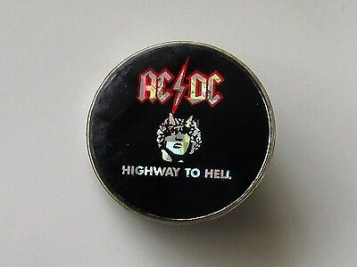 AC/DC HIGHWAY TO HELL VINTAGE METAL PIN BADGE FROM THE 1980's ANGUS OLD RETRO