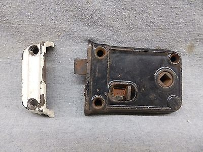 Antique Cast Iron Surface Mount Box Latch Lock Hardware Old Vtg 523-17R