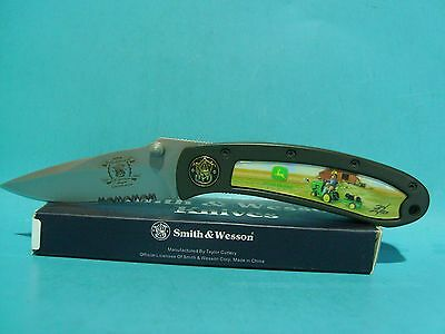 Smith & Wesson John Deere pocket knife 150th Anniversary Tractor Ride Free Ship
