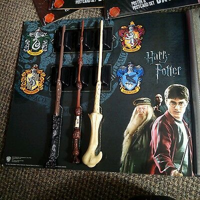 """HARRY POTTER """" The Ultimate collection """" 3 wands ,cards, posters"""
