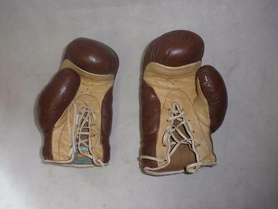 Vintage English Brown Leather  Boxing Gloves.(Frank Bryan Worcester)