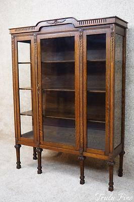 Original Antique Tiger Oak China Crystal Curio Cabinet Closet Bookcase Showcase