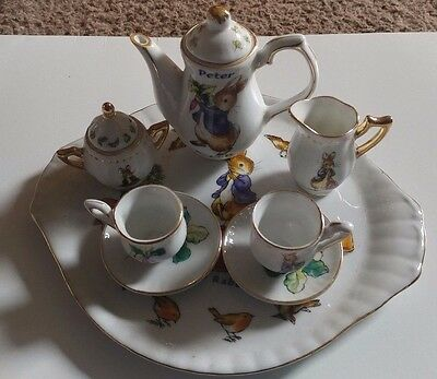 Beatrix Potter Peter Rabbit Bunny 10 Piece Porcelain Miniature tea set