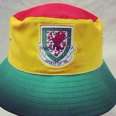 Wales football Spirit of 58 Original Away bucket hat MEDIUM/LARGE
