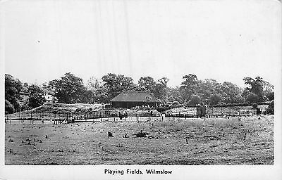 POSTCARD      CHESHIRE    WILMSLOW     Playing  Fields