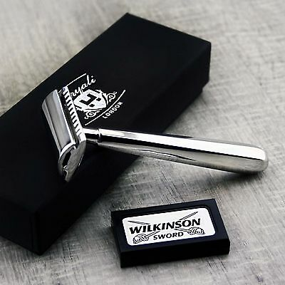 Men's Shaving De Safety Razor With Light Weight Handle Made in Stainless Steel.