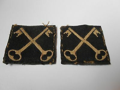 pair of 2nd infantry division crossed keys  2ww military  cloth formation signs