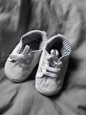 baby boy crib shoes 3-6 monthsts white and navy sailing themed shoes John Rocha
