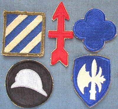 Lot of 5 original WWII period US Army shoulder patches (4)