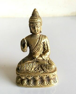 Vintage Old Brass Hand Carved  Decorative Beautiful Lord Buddha Statue