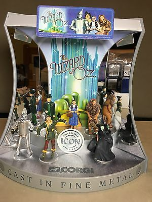 6 X Mint BOXED CORGI ICON WIZARD OF OZ Figure Lot + DISPLAY STAND DOROTHY WITCH