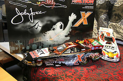 "1/24 Nhra John Force Norwalk 2003 Halloween Funny Car Autograph"" ""very Rare"" New"