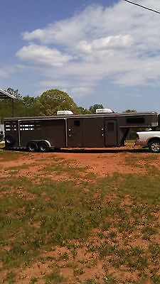 Bbq trailer competition with living quarters 35 feet 2007 Delta heat & air