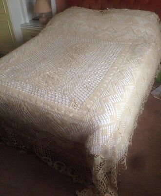 Very large hand crocheted ecru cotton lace bedspread butterfly pattern