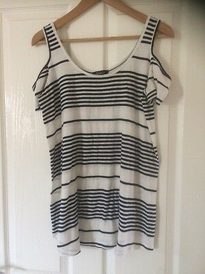 Navy/Cream Maternity Top From New Look Size 8 (but fits up to size 14!)