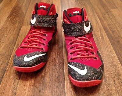 Mens Size 11.5 LeBron James Nike Zoom Soldier 8 Basketball Shoes Red & Black