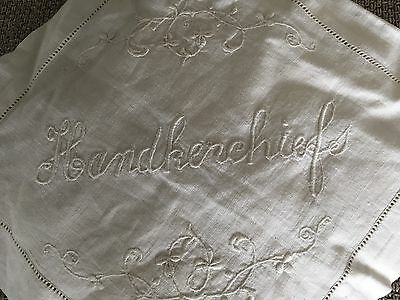 HANDKERCHIEFS VINTAGE embroidered  LINEN POUCH AND CHIFFON AND 10 HANDKERCHIEFS
