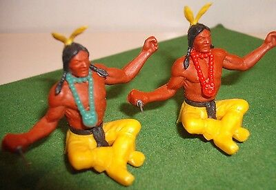 TIMPO, 54mm scale, SWOPPET - 2 x AMERICAN INDIANS seated -in very good condition