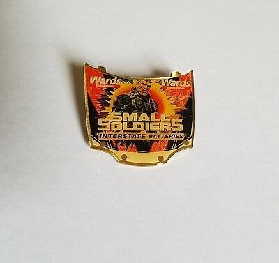 Rare Smalls Soldiers Metal Movie Promo Pin - Tommy Lee Jones Chip Hazard Button