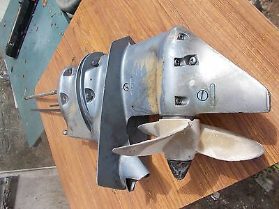 JOHNSON EVINRUDE 25hp 1977 GEARCASE Assy 388097 w/ EXTENSION Kit 322750 0325801