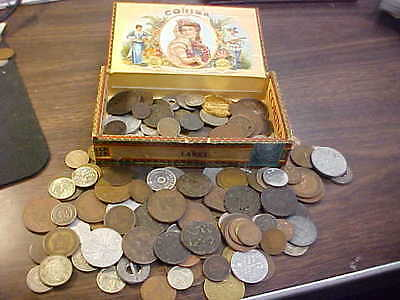 Old Cigar Box Full Of Very Old Us And Foreign Coins, Many In 1800's Must Look