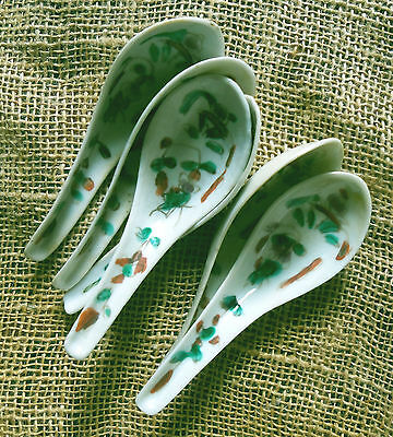 Chinese Porcelain Spoons Hand Painted Famille Verte Group of Six