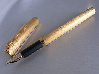 Dunhill Fountain Pen 14K Nib Gold Plated Matte Finished