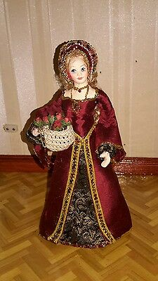 Dolls house hand made  Elizabethan lady doll by Sue Coupe