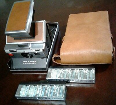 Vintage POLAROID SX- 70 Land Camera With ORIGINAL Leather Case INSTANT