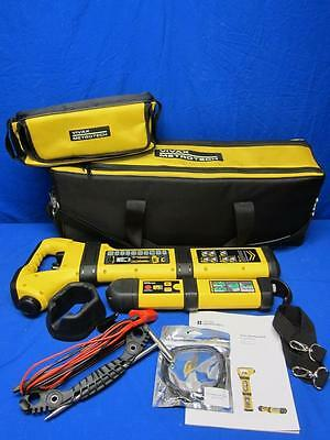 Vivax Metrotech vScan RX and vScan TX Pipe and Cable Locator w/ Accessories