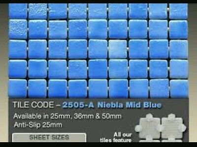 Pool tiles Ezzari 'Niebla' Glass Mosaics