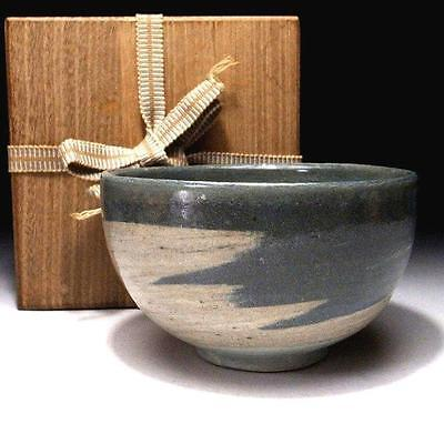 WK2 Japanese Tea bowl, Mino ware with wooden box, Gray, white & light blue glaze
