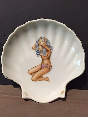 50s Glamour Girl Design Shell Shaped  Pin Dish 10cm