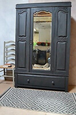 Small double Victorian painted wardrobe- delivery available