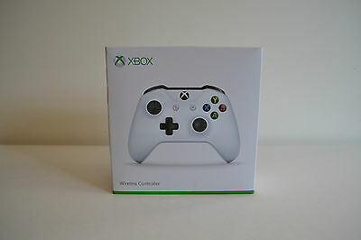 Official Xbox One Wireless Controller 3.5mm - White **Brand New**