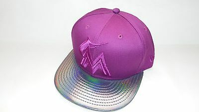 New Era Hat Cap Fitted 59Fifty Miami Marlins Size 7 Purple Metallic