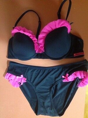 $5 SALE! Womens size 12B bra and knickers set PRIVATE PROPERTY