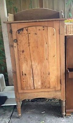 Large Rustic Antique Pine Timber Wooden Kitchen Meat Safe Cabinet Cupboard