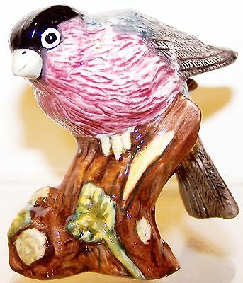 "2005 NEW Mint in Box Royal Doulton Animals ""BULLFINCH"" 2¾"" Bird Figurine #RDA99"