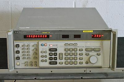 HP Agilent 8663A Synthesized Signal Generator 100 kHz - 2560 MHz