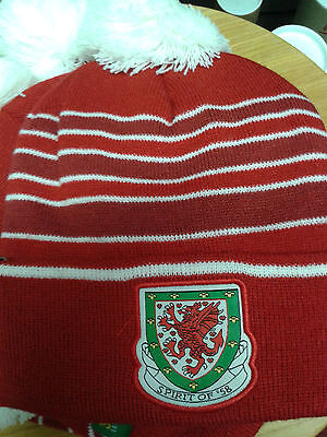 Wales football Spirit of 58 red Wales 84 bobble hat