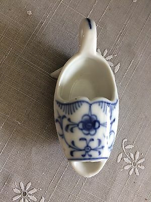 19th Century Porcelain Device For Administration Of Medicine