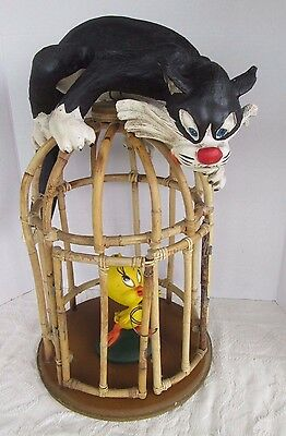 Looney Tunes Sylvester & Tweety in wooden Cage Big Figurine Statue