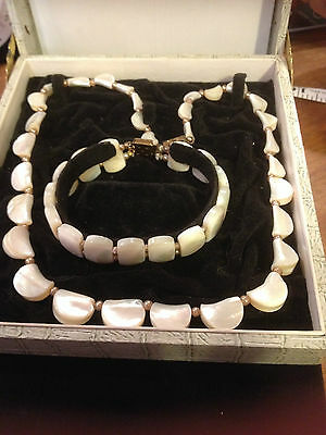 "VTG Mother of Pearl Half Disk Bead Necklace 17.5"" & Bracelet 7.5"" / Beige Pearls"