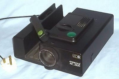 REFLECTA AF 1800 Auto Focus Slide Projector - with Instructions