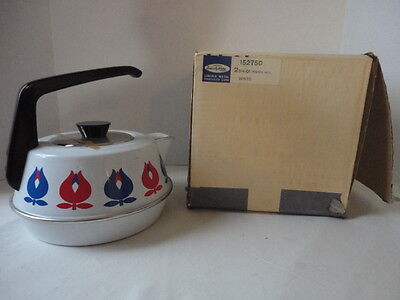 Vintage 70's  Lincoln 2 3/4 Quart Porcelain Enamel Tea Pot Kettle New in Box