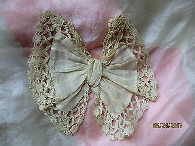 Fine Delicate Sheer Antique Victorian Hdmd Batiste Lace Bow Small