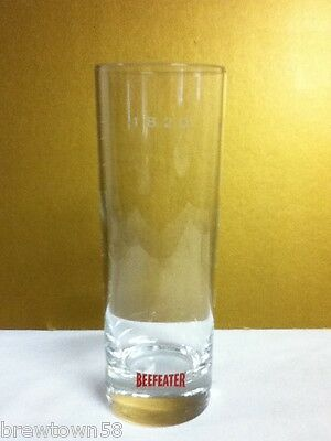 Beefeater London Dry gin liquor booze cocktail drink glass glasses 1 barware SG6